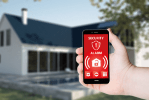 preview-full-smart_home_securit_alarm_going_off